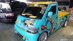 Melihat Deretan Mobil Eye Catching di Padang