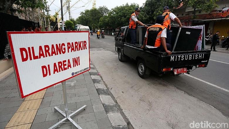 Anies Diingatkan Soal Kebocoran Soal Usulan Pajak Parkir Naik