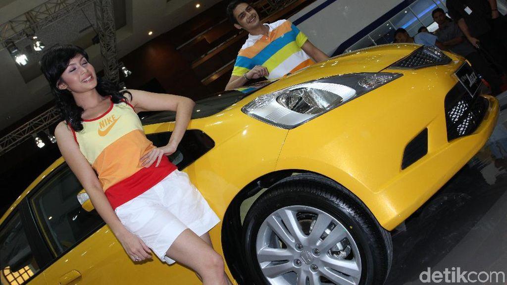 Mobil Berwarna Cerah Lebih Cepat Dijual?