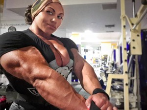 Transformasi Mencengangkan Seorang Wanita Perkasa yang Senang Olahraga