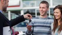 Masih Ada yang Kredit Mobil Buat Lebaran tapi Cicilan Tak Dibayar