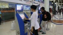 Di Terminal 1C Bandara Soetta Kini Bisa Check In Mandiri