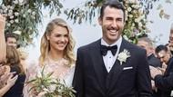 Indahnya Pernikahan Kate Upton: Pakai Naked Dress Hingga di Atas Tebing