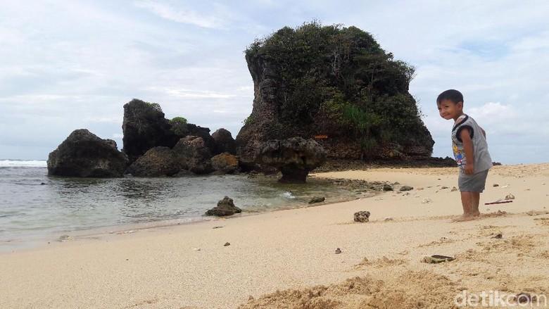Gelar Malang Beach Festival, Pemkab Malang Target 6 Juta Wisatawan