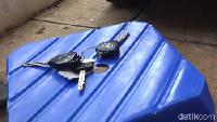 Kunci Tertinggal dalam Mobil, Jangan Panik dan Ikuti Cara Ini