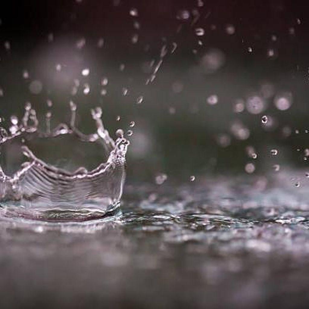 Hujan Deras, Sejumlah Jalan di Jaksel Tergenang