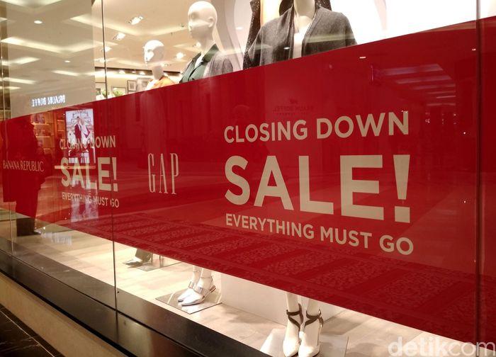Toko GAP yang berada di Pondok Indah Mall (PIM) II sudah tak lagi beroperasi.