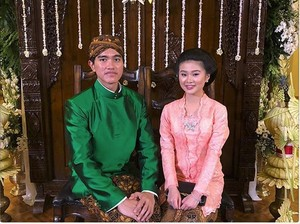 Felicia Pacar Imut Kaesang, Heboh Rina Nose Lepas Hijab