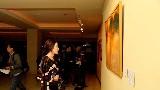 Empat Pelukis Ikuti Pameran 'Lukisan Tanpa Teori'