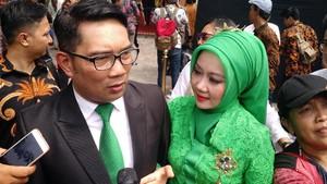 Ridwan Kamil Mengaku Dimintai Foto Selfie oleh Kahiyang