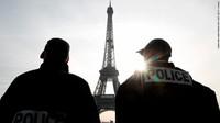 Pesta Makan Malam Rahasia Elit Prancis Bikin Geram Publik