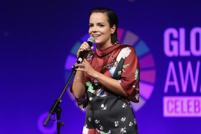 Penyanyi asal Inggris, Lily Allen memiliki tiga buah puting. Hal ini tidak disembunyikannya, ia pernah menunjukkan puting ekstranya itu dalam sebuah siara televisi di Inggris pada tahun 2007. Foto: Getty Images