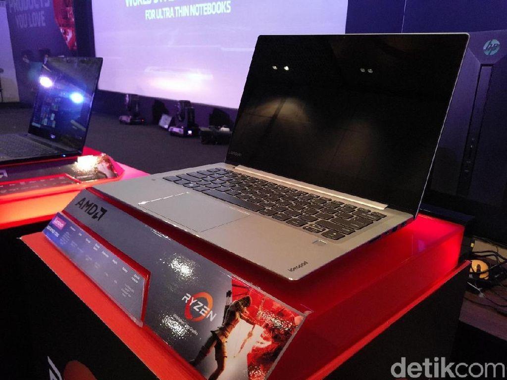 Yang pertama adalah Lenovo IdeaPad 720s. Foto: Yudhianto/detikINET