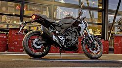 Honda CB300R Resmi Mengaspal