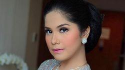 Annisa Pohan Kesal Baliho SBY di Pekanbaru Dirusak
