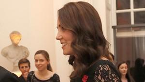 Pamer Kehamilan, Kate MiddletonMenawan Pakai Gaun Daur Ulang Lagi