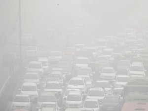 Sekolah Dibuka Kembali di New Delhi Meski Polusi, Orangtua Marah