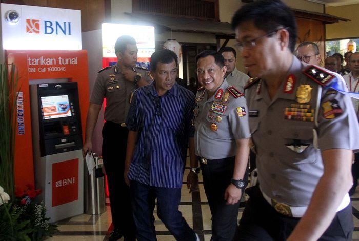 Layanan tersebut dapat dimanfaatkan setelah Kepolisian Republik Indonesia (Polri) dalam hal ini Korps Lalu Lintas (Korlantas) Polri meluncurkan Samsat Online Nasional di kawasan Ancol, Jakarta, Kamis (9/11). Pool/BNI.