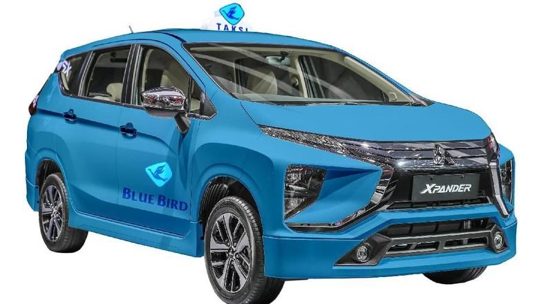 Ilustrasi Xpander jadi Taksi Blue Bird (Foto: Zaki Alfarabi)