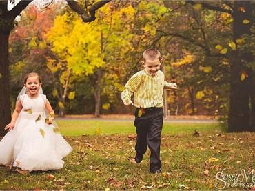 Walau ini bukan wedding photoshoot yang sebenarnya, senggaknya bisa bikin Sophia bahagia. (Foto: Facebook/Sassy Mouth Photo)