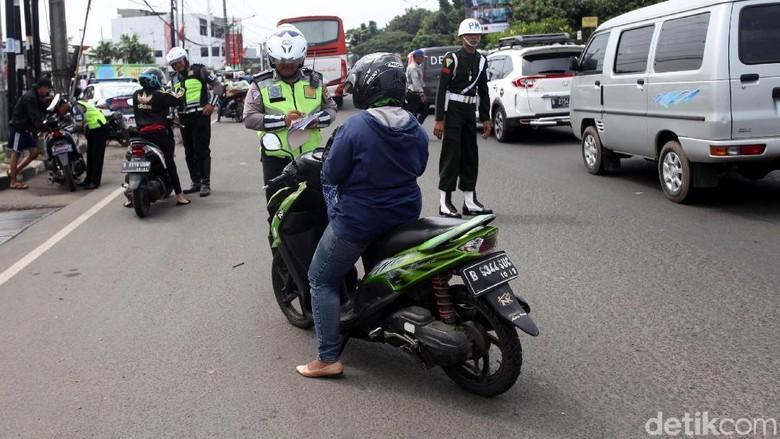 Kepolisian menggelar operasi zebra di berbagai daerah (Foto: Lamhot Aritonang)