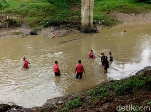 Seharian Hilang, Dastri Ditemukan Tewas di Sungai Pekalongan