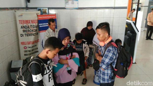 Hening cipta sejenak untuk para pahlawan Indonesia