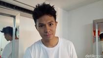 Biasa Main Sinetron, Fero Walandouw Kini Keliling Indonesia