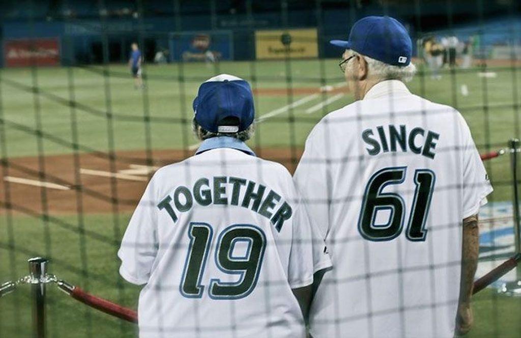 Pasangan yang setia. Together since 1961. Foto: istimewa