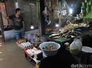 Banjir Kabupaten Bandung Lumpuhkan Aktivitas Ekonomi Warga