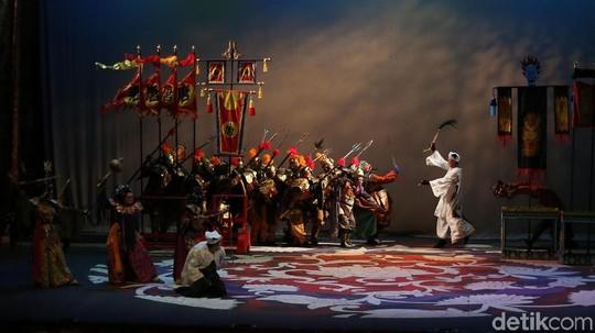 Dendam, Takhta dan Cinta di Panggung Teater Koma Sie Jin Kwie