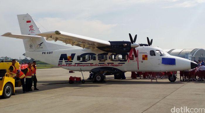 Pesawat berkelir putih ini merupakan hasil kerja sama PT Dirgantara Indonesia (Persero) (PTDI) dan Lembaga Penerbangan dan Antariksa Nasional (LAPAN).