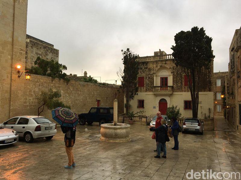 Inilah Mdina di Malta. Bukan typo atau salah ketik, namanya memang sungguhan Mdina (Angga/detikTravel)