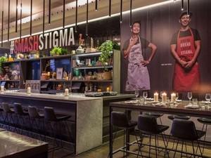 Dibuka! Restoran dengan Pelayan Para Pengidap HIV