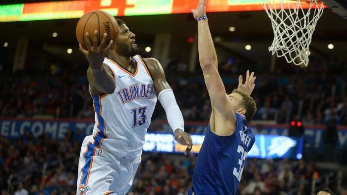 Aksi Paul George saat membantu Thunder mengalahkan Clippers (Foto: Mark D. Smith-USA TODAY Sports)