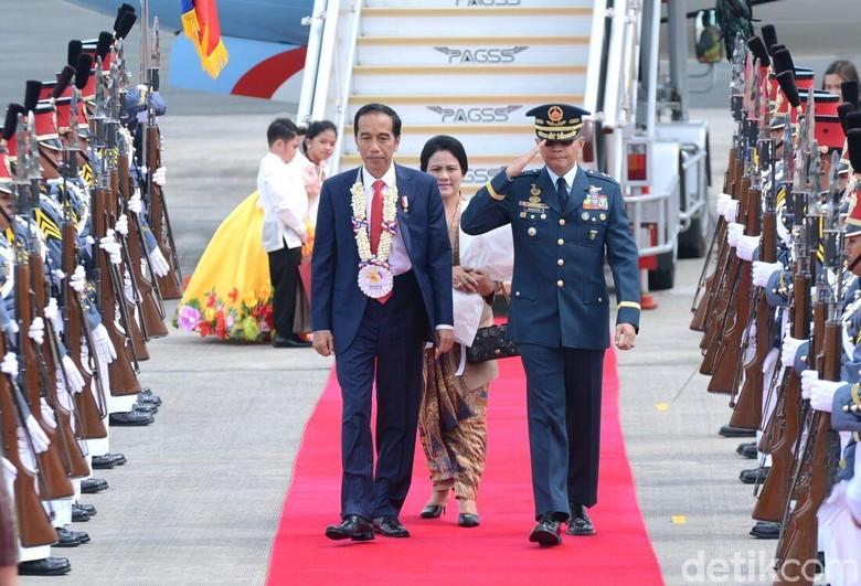 Jokowi Hadiri Pembukaan KTT ASEAN Ke-31 di Manila, Filipina