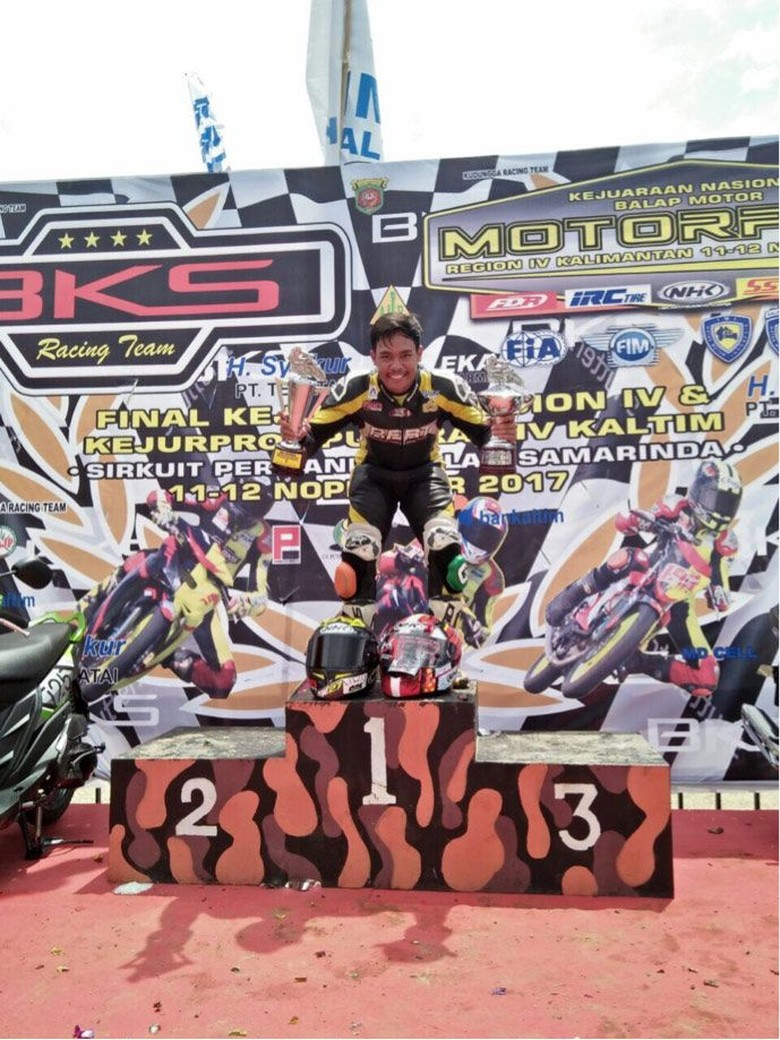 Reynaldi Pradana menjadi juara nasional MP1 Kalimantan (Foto: dok. Yamaha Indonesia)