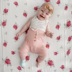30 Nama Bayi Perempuan Unik Sarat Makna Indah