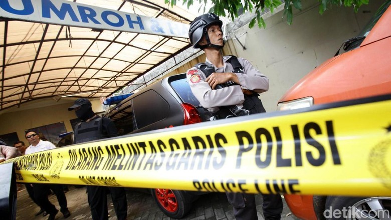 Police Line di Klinik Azzahra Tempat dr Letty Ditembak Suami Dibuka