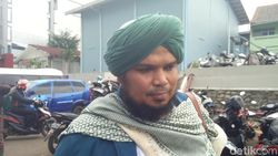 Ustaz Derry Sulaiman Kirim Al Fatihah untuk Ustaz Arifin Ilham