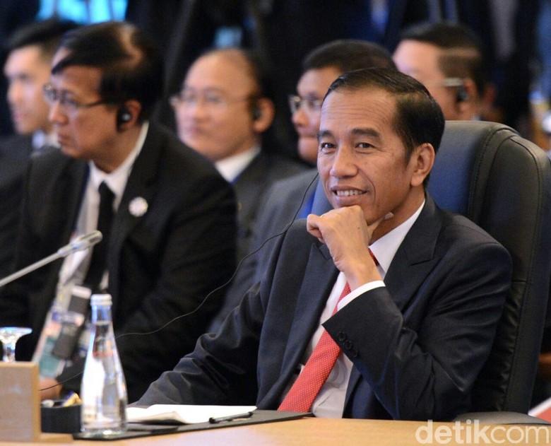 Khofifah Sudah Mundur? Jokowi: Suratnya Belum Sampai ke Saya