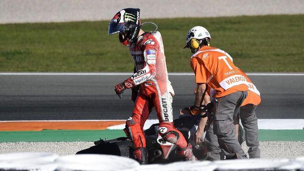 Jorge Lorenzo sempat berang, tapi enggan menyalahkan Dani Pedrosa.