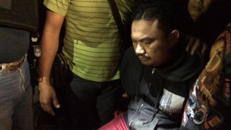 Jual-Beli Narkoba, Eks Wakil Ketua DPRD Bali Rekonstruksi 64 Adegan