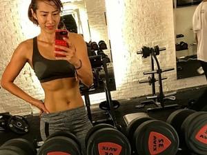 Tips Diet dan Olahraga dari si Dokter Wanita Berotot