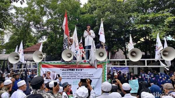 Orasi di Depan Massa, Kiwil: Ayahanda Buni Yani Menyatukan Kita