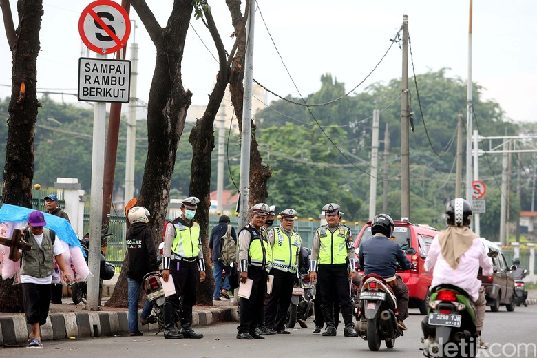 Operasi Zebra. Foto: Rengga Sancaya