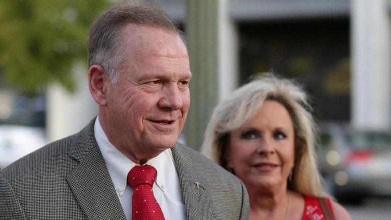 Kandidat Senator yang Didukung Trump Kalah Telak di Alabama