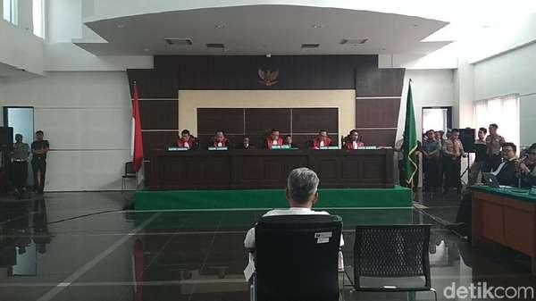 Pengacara akan Laporkan Majelis Hakim yang Adili Buni Yani ke KY