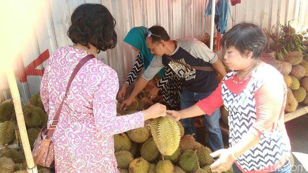 Pasar durian Purworejo