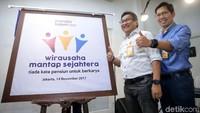 Direktur Utama Bank Mantap Josephus K. Triprakoso dan Direktur Bank Mantap Nurkholis Wahyudi meluncurkan program Wirausaha Mantap Sejahtera di Jakarta, Selasa (14/11/2017).